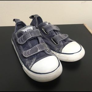 Other - Converse All Star Toddler sz 9